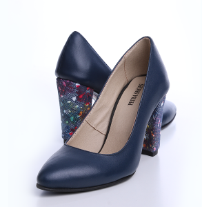 Pantofi cu toc din piele box de culoare bleumarin cu toc imbracat