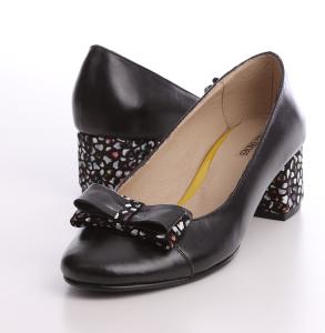Pantofi din piele naturala cu fundita si imbracat in piele naturala