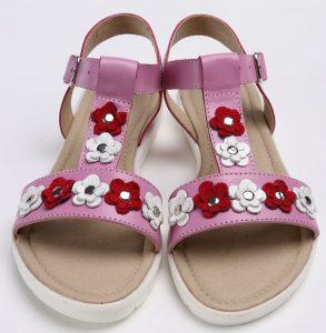 Sandale din piele naturala mov cu floricele